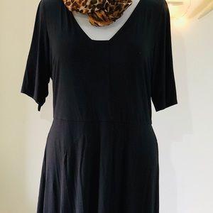 Beautiful Ann Taylor LBD Black Knit Dress